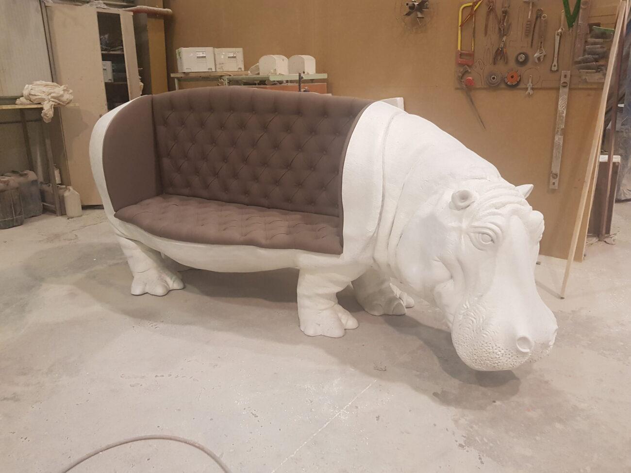 Asiento hipopótamo en resina y fibra de vidrio