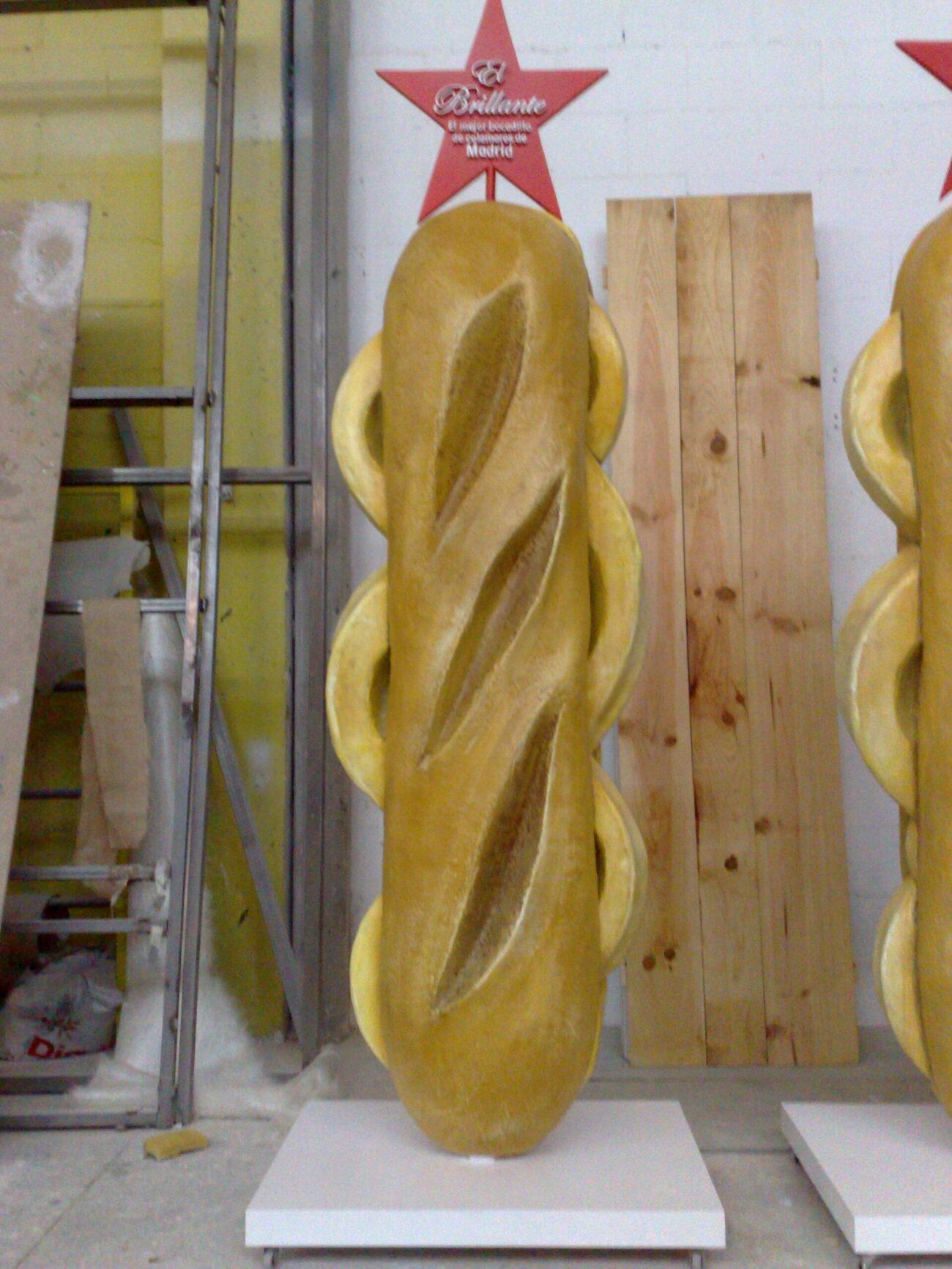 Bocadillo de calamares en resina y fibra de vidrio