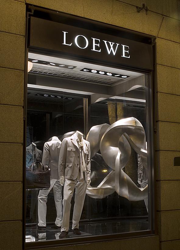 Escaparate Loewe