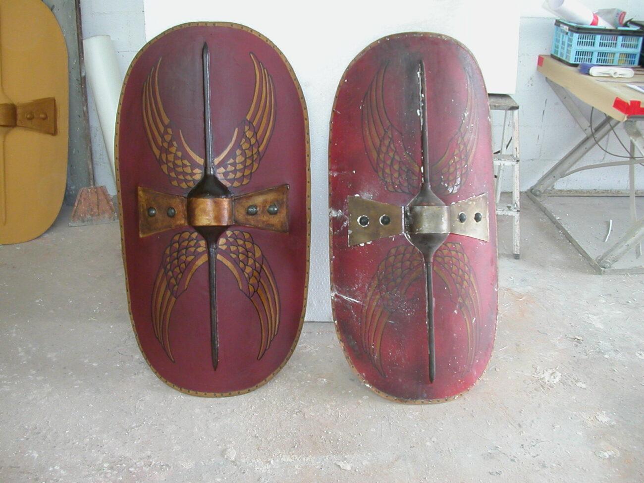 Escudos en resina y fibra de vidrio