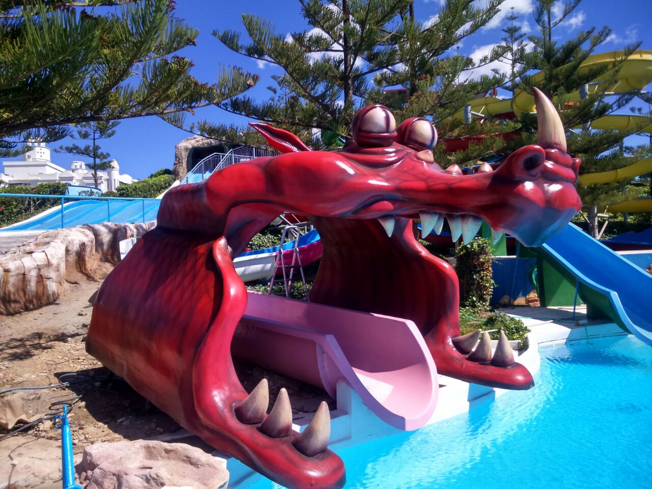 Dragón parque acuático Mijas