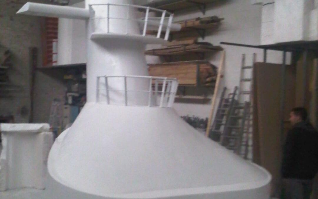 Elemento de transatlántico en resina y fibra de vidrio