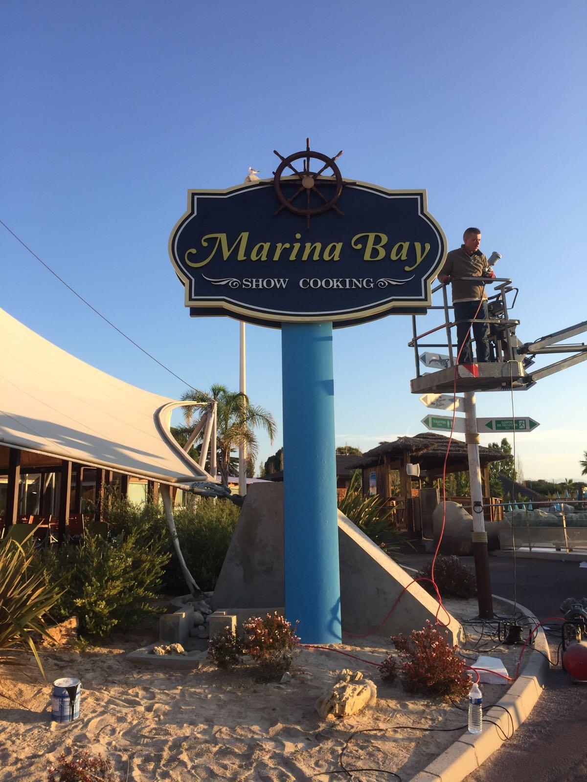 Logo corpóreo de Marina Bay